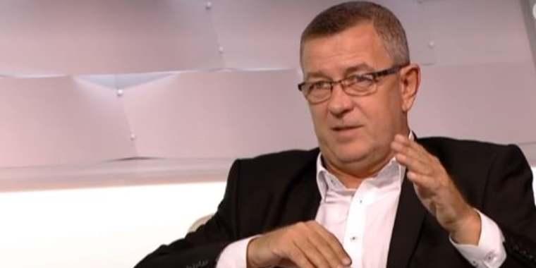 Szilágyi György, a jobbikos politikai huligán és az elvtársazás